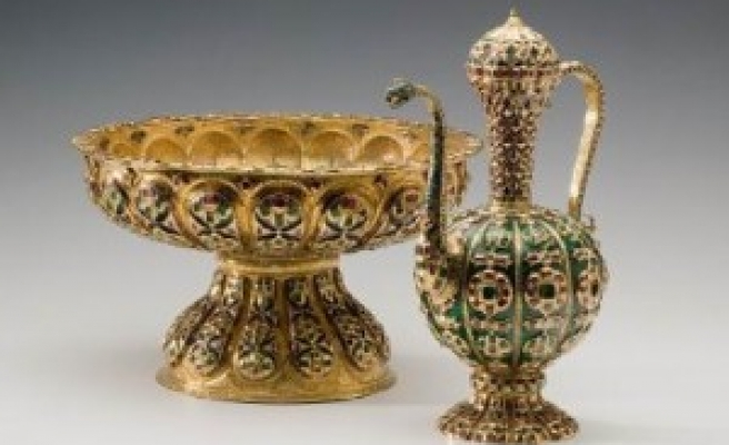 Turkish palace treasures exhibition opens in Russia