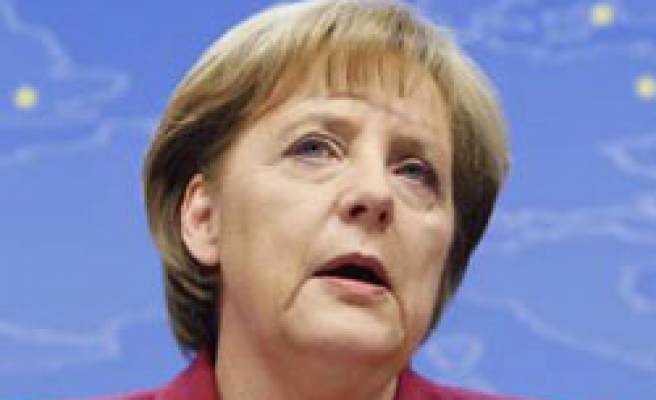 German parliamentary committee backs Greece bailout