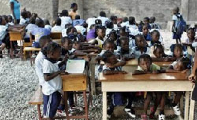 US House approves trade bill on textiles to help Haiti