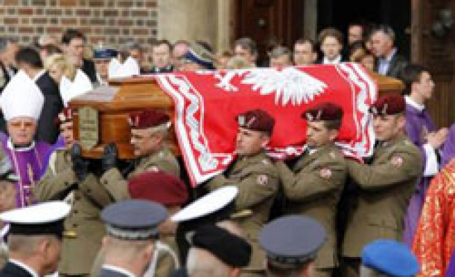 Poland bids farewell to first couple in state funeral