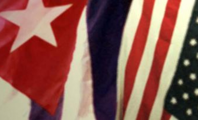 Poll shows Americans want better ties with Cuba