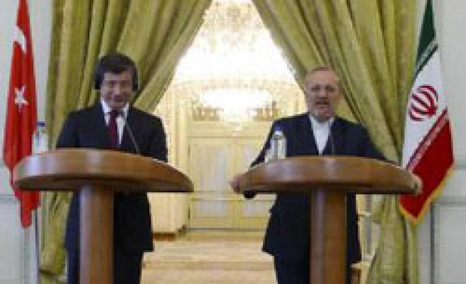 Turkey offers to mediate between Iran, West over nuclear talks