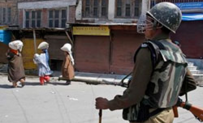 EU urged to put pressure on India to stop violations in Kashmir