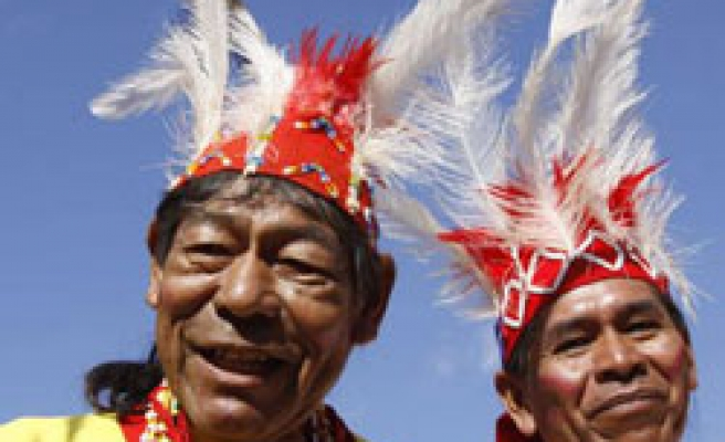 US 'reviewing' refusal of UN declaration on native rights