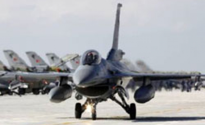 Turkish army says F-16 jets 'intercepted by Greeks'