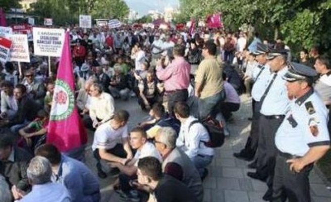 Albania's hunger strikers demand recount votes