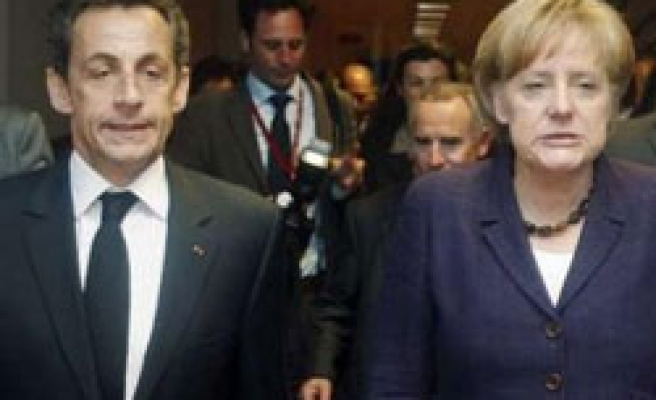 Germany denies French threat to quit euro over Greece aid