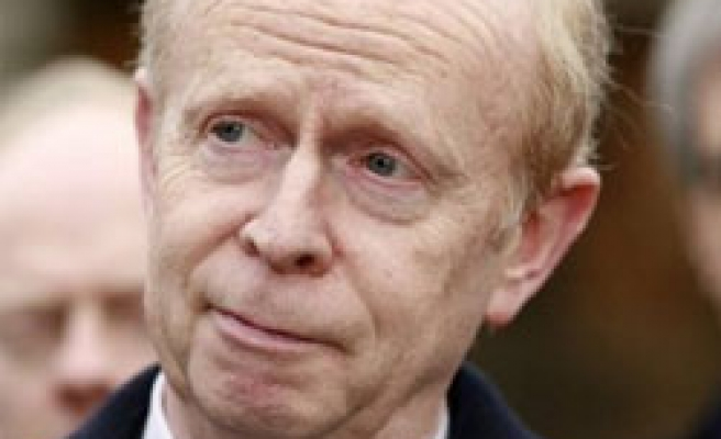 Ulster Unionist party leader Empey to step down