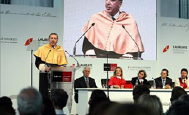 Turkey's PM awarded with honorary doctorate in Spain