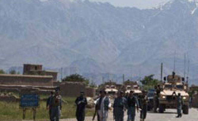 Taliban attacks largest NATO base in Afghanistan