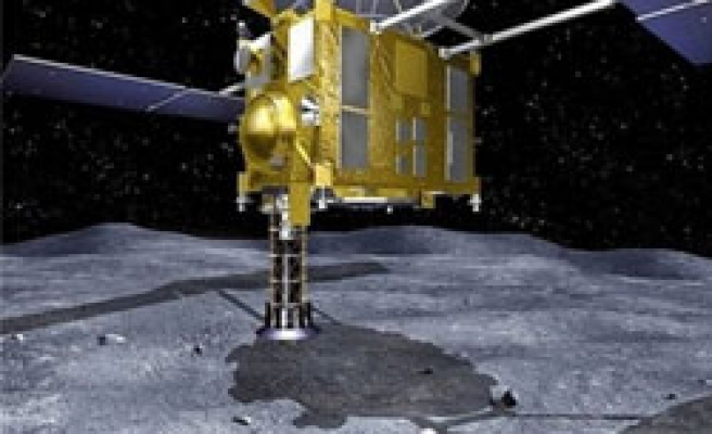 Japan asteroid probe set to make historic return to Earth