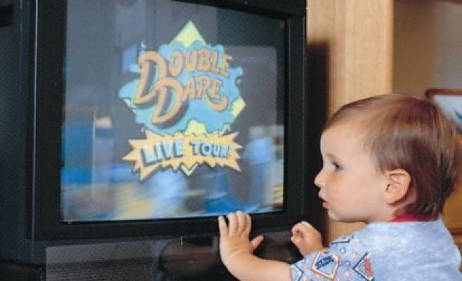 Turn off TV to teach toddlers new words, speak to them: Study