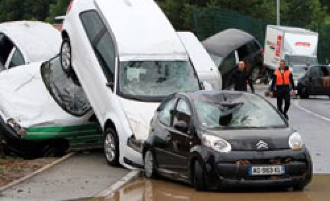 Missings and deaths after France rain storms