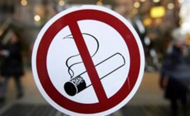Giving up smoking can help reduce stress levels - study