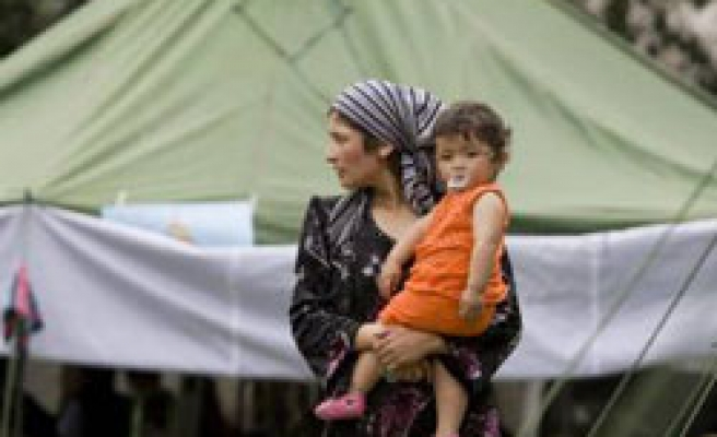 Refugees afraid to return as tension grips Kyrgyz south
