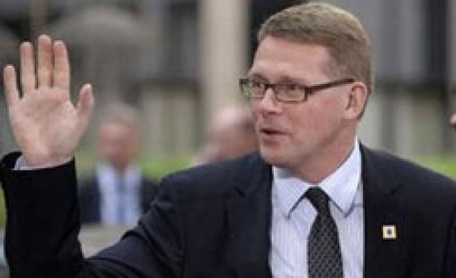 Finland's PM resigns, makes way for woman premier