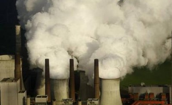 EU states give 14 more years to dirty coal plants