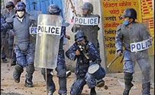 Maoists Clash with Police in Nepal