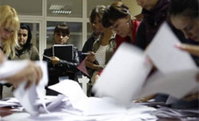 Moldovan court orders election recount