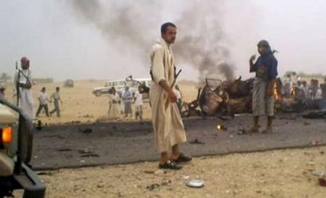 Car bomb explodes at temple in Yemen