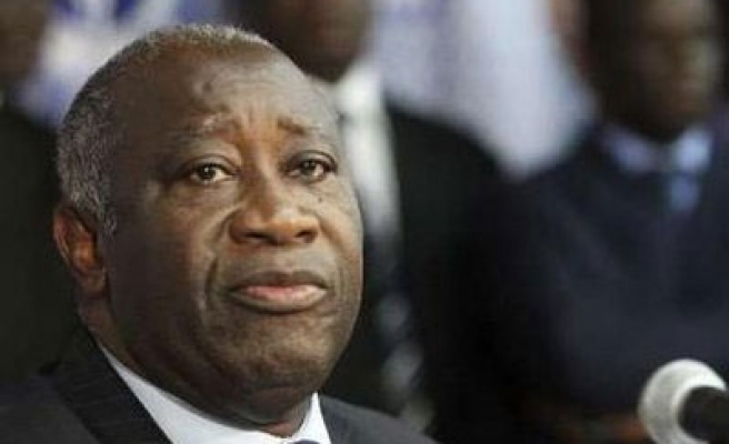 Ivory Coast set to swear in Gbagbo despite poll row