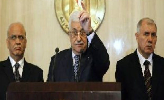 Abbas says he may dissolve PA if no peace deal