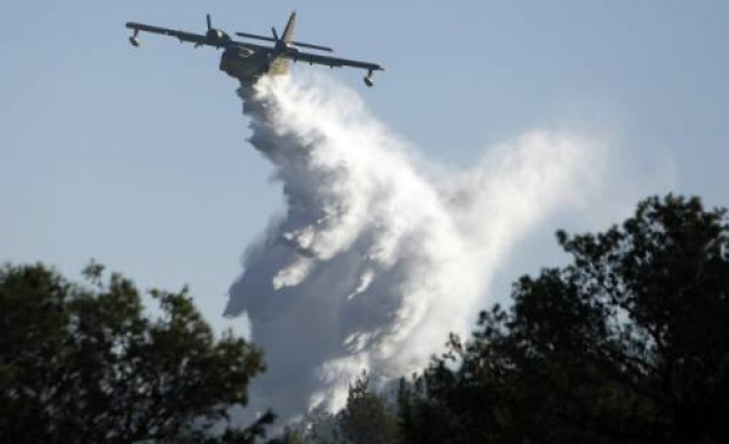 Turkey sends fire-fighting planes to Lebanon after Israel