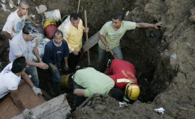 Colombia landslide kills 19, more than 100 missing