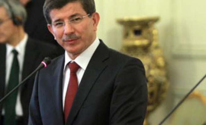 Turkey still mediator in Lebanon, says Turkish FM Davutoglu