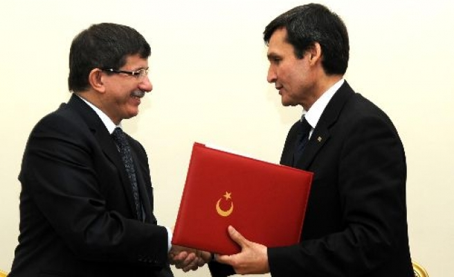 Turkey, Turkmenistan sign action plan for next two years