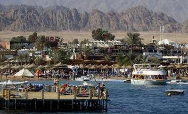 Egypt to reopen beaches after deadly shark attack