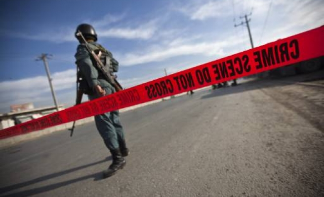 Deadly attack hits Afghan army bus
