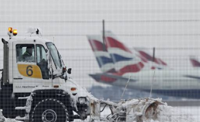 Turkish, British Airlines cancel Istanbul-London flights over snow