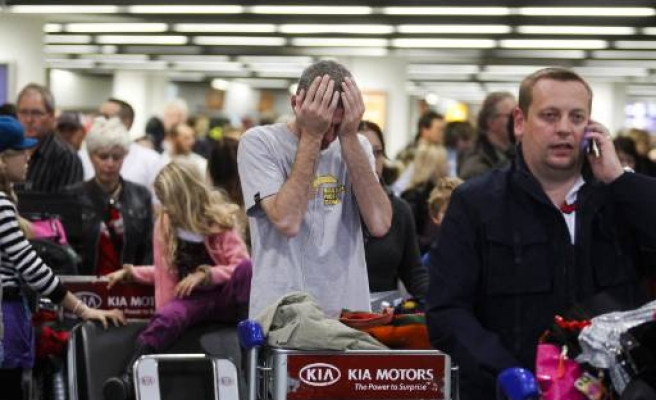 Thousands of flights cancelled as heavy snow hits Europe