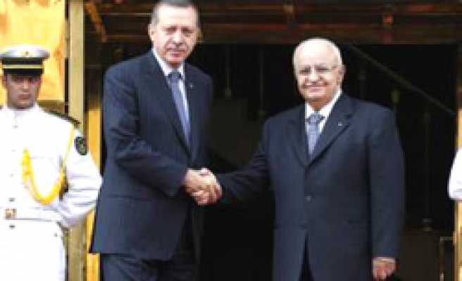 Turkey, Syria agree on 2011 joint projects