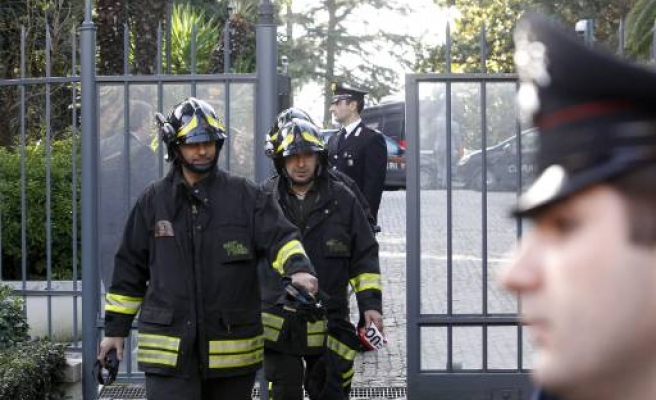 Explosions hit embassies in Rome