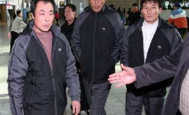 South Korea frees three Chinese fishermen