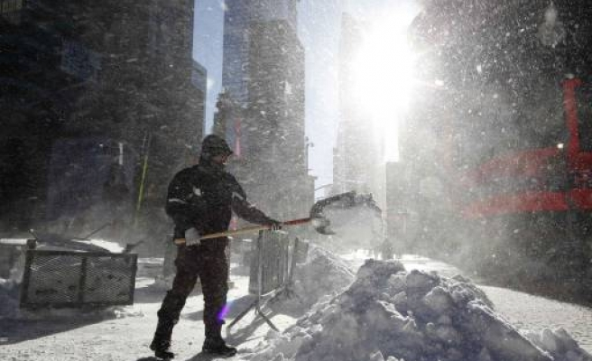 US Northeast digs out after storm chaos