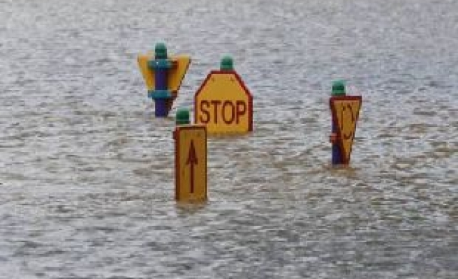 Now coastal Queensland braces for 30-ft flood waters/PHOTO