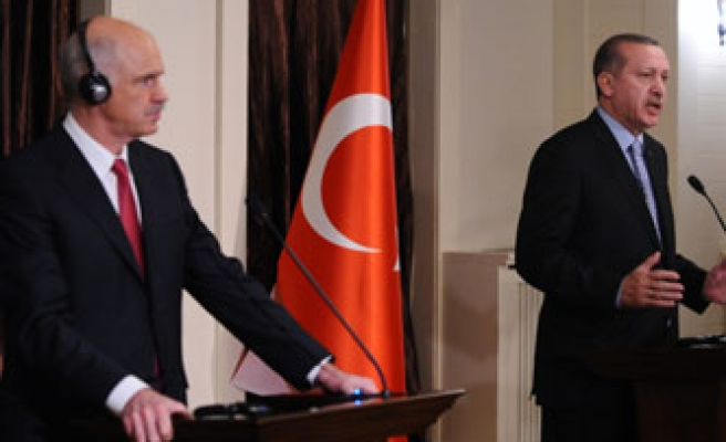 Turkish, Greek PMs first complain then show unity over cooperation