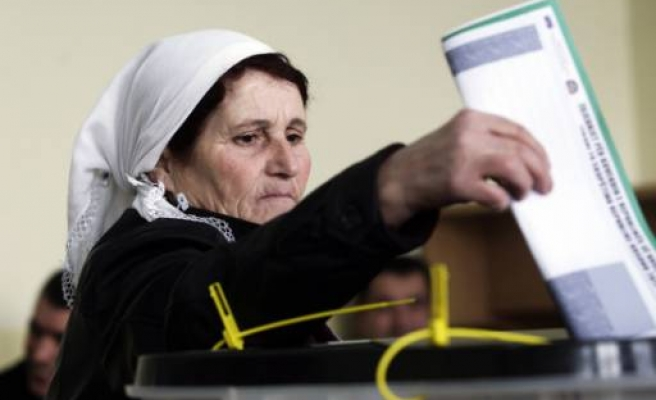 Kosovo stages partial election re-run