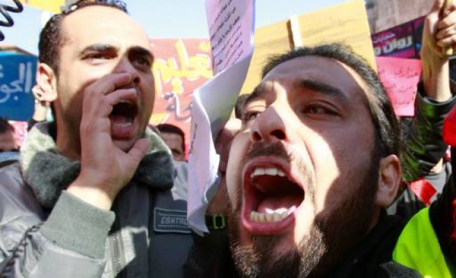Jordanians protest food prices