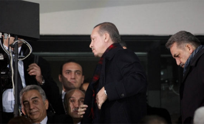 Turkish PM leaves stadium opening after protests