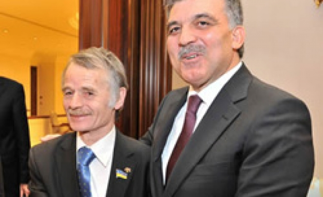 Crimean Tatars still face dangers, leader says
