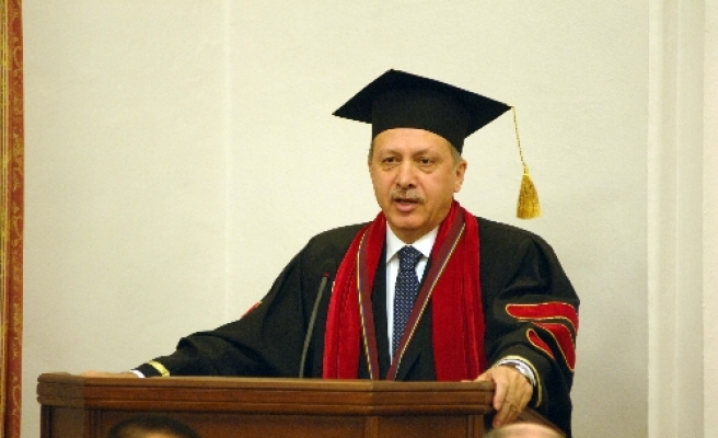 Turkish PM decorated with honorary doctorate in Ukraine