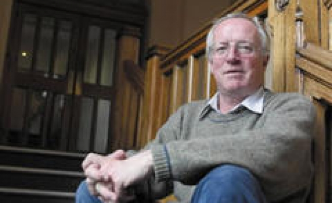 Robert Fisk on Iraq, Palestine and the Failure of the U.S.