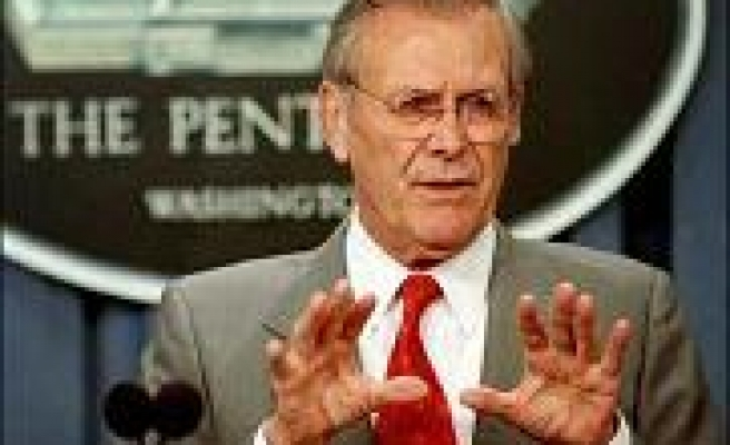 Rumsfeld rules out resignation