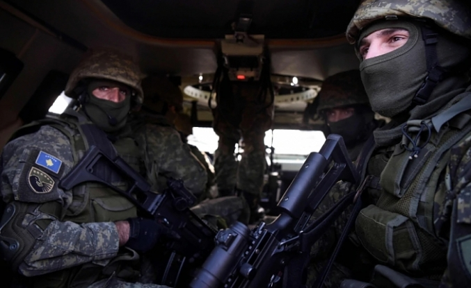 NATO-led troops on the move in northern Kosovo