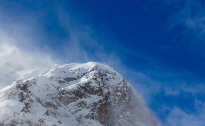 5 mountaineers killed, 14 rescued on Mt. Elbrus in Russia