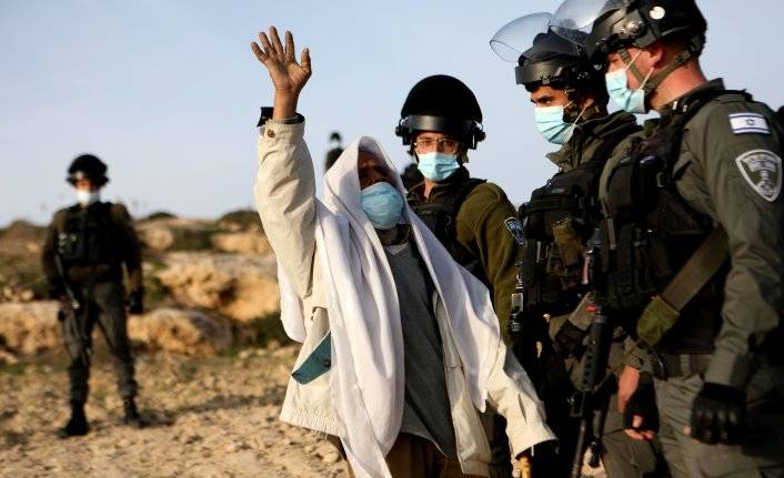 Israeli army razes several structures in West Bank